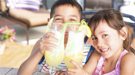 5 Recipes Perfect for That Summer Lemonade Stand   ParentMap