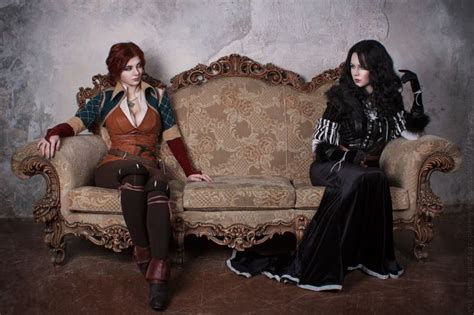 Triss and Yennefer #witcher   Yennefer cosplay, Filles